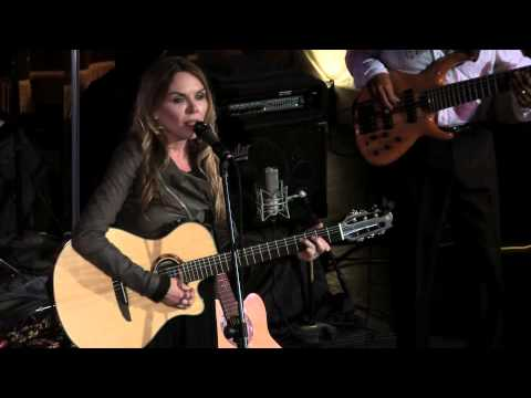 Gravity performed live by Mary Fahl (former singer for October Project