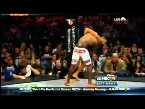 Video: Võ sĩ UFC mất một cánh tay vẫn hạ được đối thủ