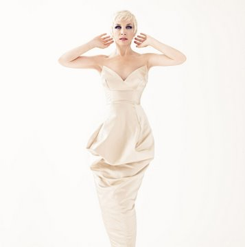 Annie Lennox - Answers Your Questions