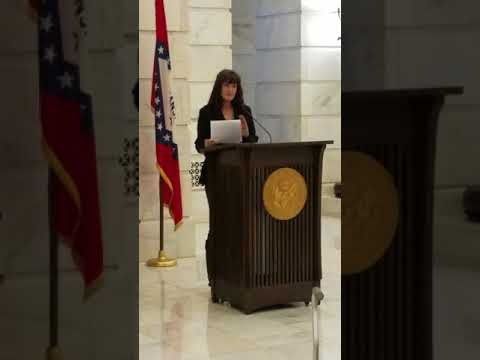 Lori Lynn presents a speech at the Arkansas rare disease event on March 7th 2018