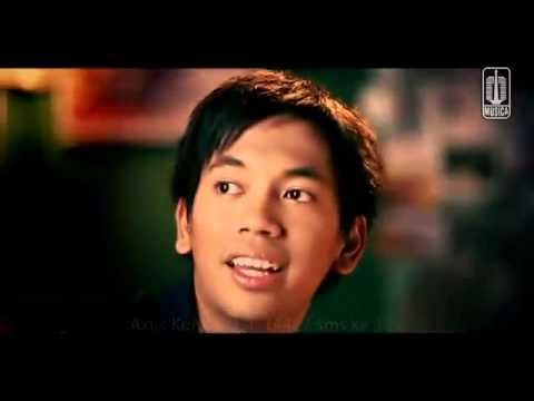 dMasiv PERGILAH KASIH Official Video