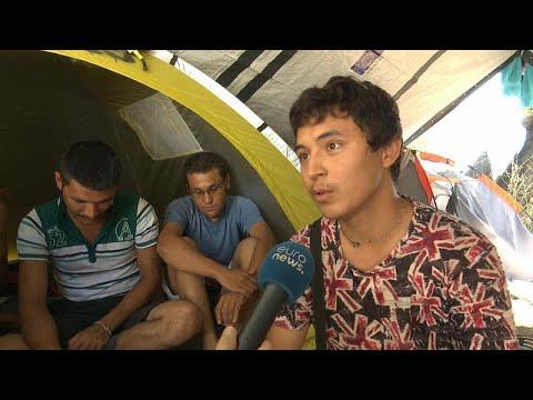 Nine thousand aslyum seekers camped at Lesbos