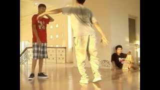 Funky Sky Crew | Mackin Pop vs. Minh Trinh | Dance Battle 9/7/2012