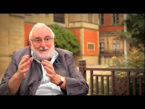 Javier Elzo: La confianza de los jóvenes en las instituciones