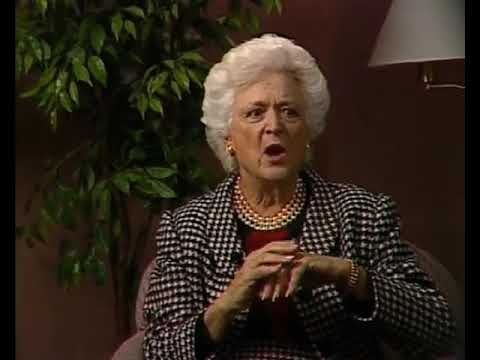 From The Vault: Barbara Bush attacks Bill Clinton in 1992 WCPO interview