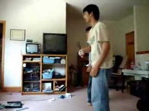 Thanh and Anh sightread Wii Tennis