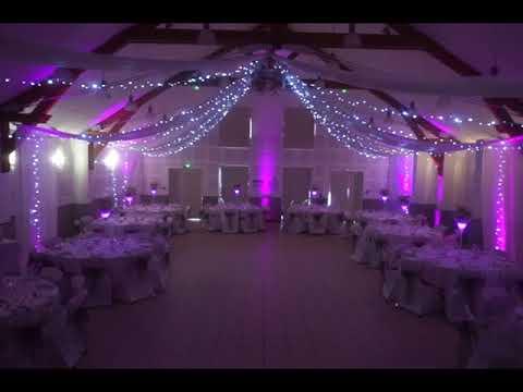 Décoration de mariage sur le theme paris romantique chic en rose et gris