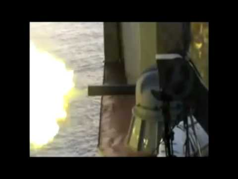 Russian Navy warship vs somali pirates. Gulf of Aden.