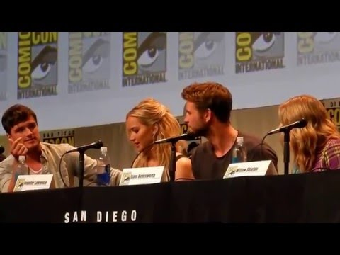 Hunger Games cast try to do Rue's whistle -- sounds like the Xfiles theme