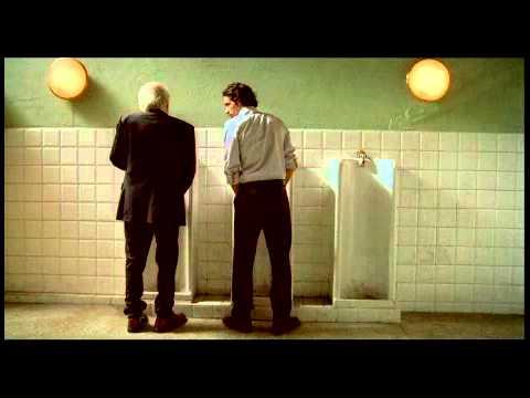 Clip Albertazzi e Bocci in bagno (C'è chi dice no) - WWW.RBCASTING.COM