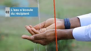 Lavage des mains avec un Tippy Tap