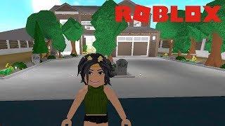 MY FIRST BLOXBURG HOUSE TOUR (WORTH $350K) | Roblox
