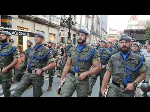 La Brilat desfila en las fiestas de San Paio de A Estrada