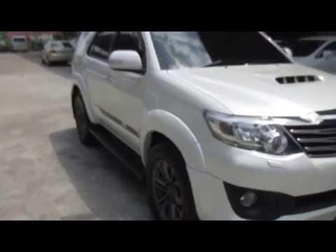 รถอเนกประสงค์ มือสอง รถราคาถูก Toyota โตโยต้า ฟอร์จูเนอร์ Fortuner TRD Sport TOP สีขาว ปี 2013#UC36