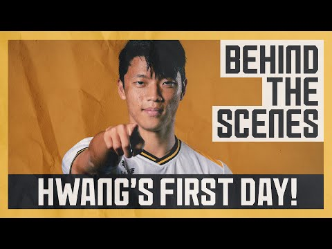 HWANG SIGNED!     Full behind-the-scenes access to Hee Chan Hwang's signature and reveal