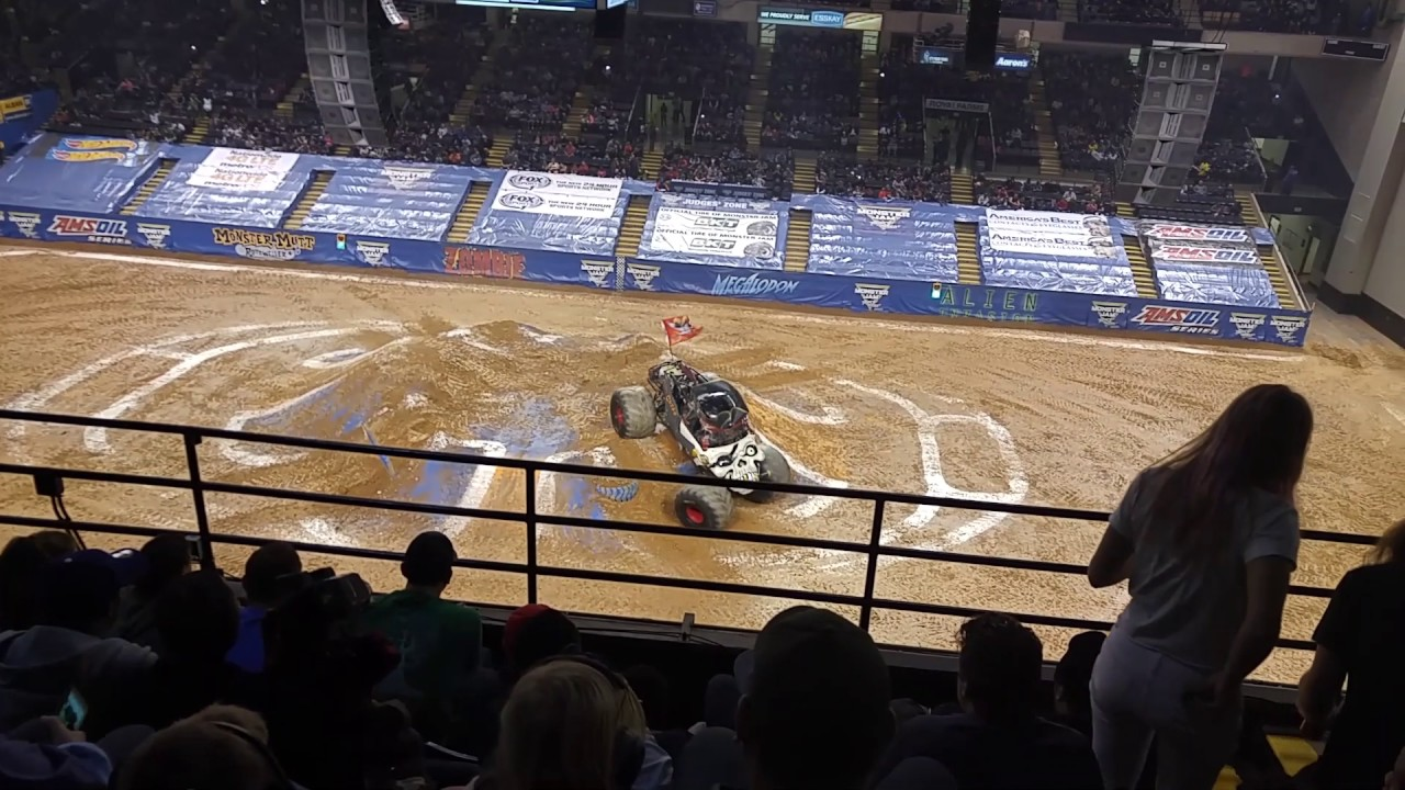 Monster Jam Royal Farms Arena Baltimore 2 25 2017 Youtube