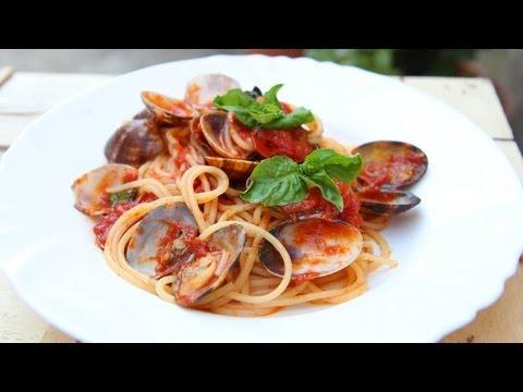 Nonna's Spaghetti with Clams Recipe - Laura Vitale - Laura in the Kitchen Episode 631