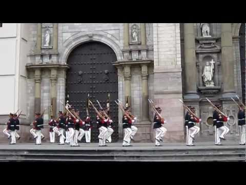 Peruvian army is practising the national defence