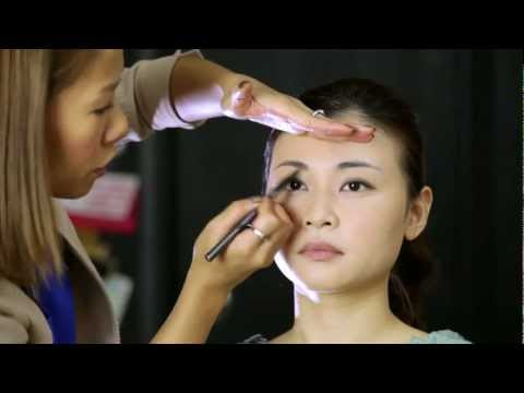 Natural makeup look tutorial by Kalamakeup - Makeup artist in Hong Kong
