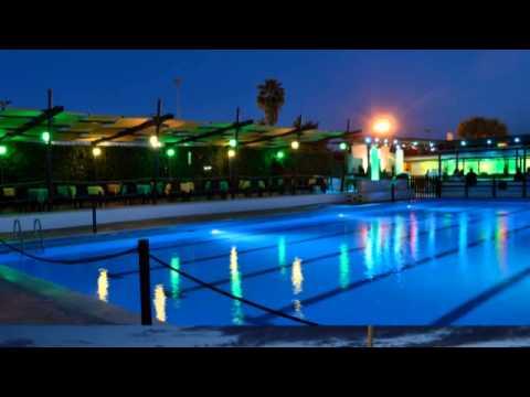 Feste 18 anni in piscina a roma youtube for Addobbi per feste in piscina