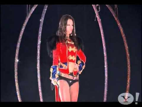 Britney Spears Circus Live 2009 World Tour HD