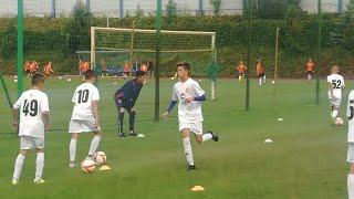 Gdzie Gutek Bedzie kontynuował swoją Przygodę Piłkarską - Debiut - Wstęp do Meczu Ligowego