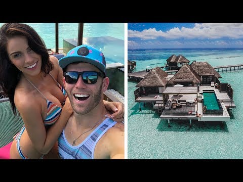 MALDIVES WATER VILLA TOUR!   Brodie & Kelsey