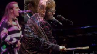 into the old man´s shoes-Elton John.wmv