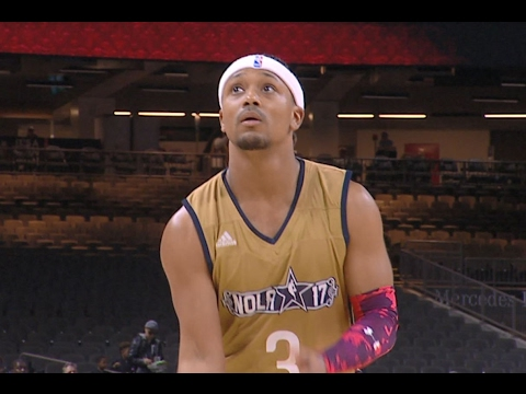 Romeo Miller with Sneaky Lil' Move On a Free Throw Attempt | 02.17.17