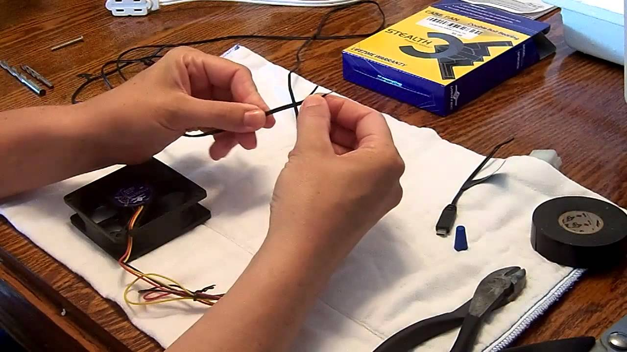 how to wire a computer fan to a plug