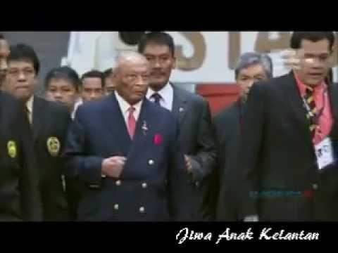 Presiden FAM di'Boo 80,000 Penyokong