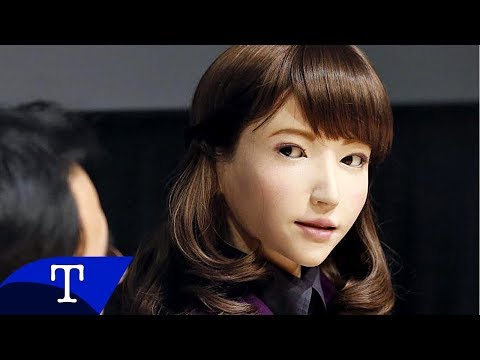 Erica The Japanese Robot Is So Life-Like, It's Kinda Scary