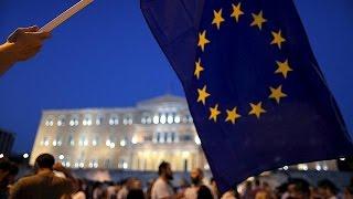 مظاهرة في أثينا تأييدا للبقاء في أوروبا   10-7-2015
