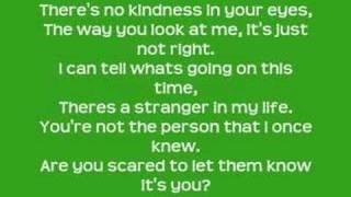 Hilary Duff- Stranger Lyrics