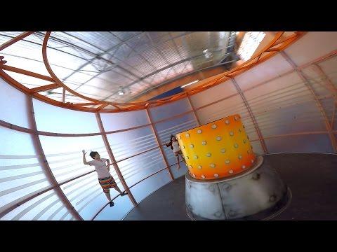 เครื่องเล่น Zero Gravity - สวนสนุก Camel Republic