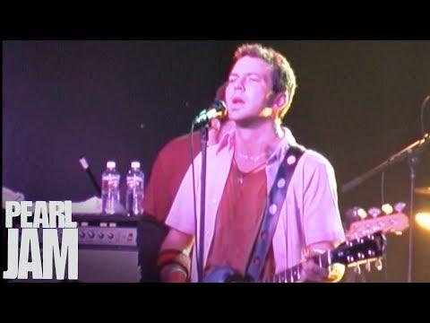 I Am Mine (Live) - Live At The Showbox - Pearl Jam