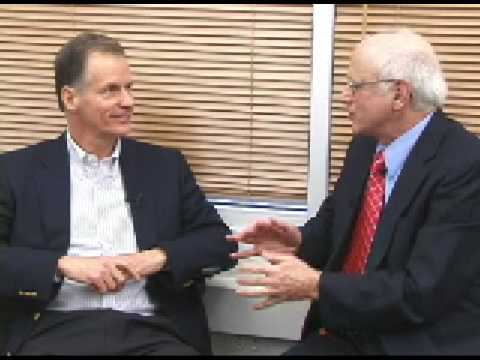 Thomas Malone speaks on Collective Intelligence - YouTube