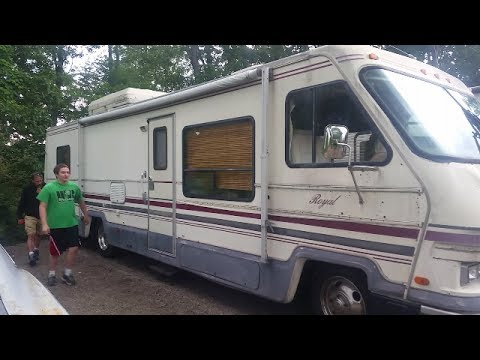 We Paid $500 For A Coachmen 34' RV