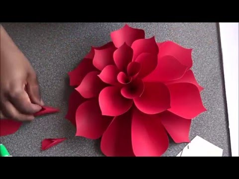 Ariana Giant Paper Flower