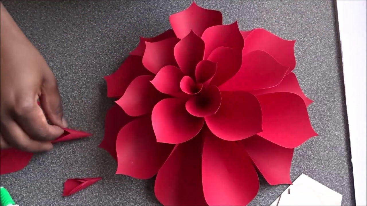 Ariana giant paper flower doovi for Big flower paper template