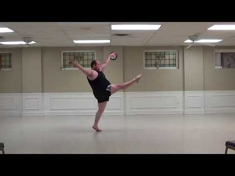 Plus-Size Dancer Busts Impressive Jazz Improv Moves in Pennsylvania Studio