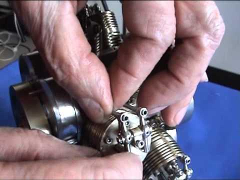 Motor radial doble estrella más pequeño del mundo.Smallest radial engine double star in the world.