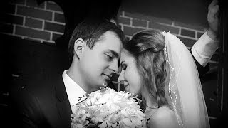 В честь годовщины нашей свадьбы...))