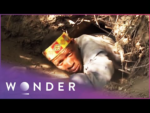 Joining A Desert Tribe Who Hunt Animals Underground | Man Hunt | Wonder