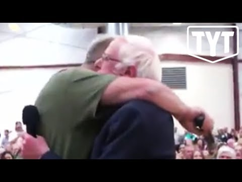 Bernie Sanders' Heartwarming Moment With Veteran