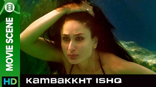 Kareena loves to swim   Kambakkht Ishq   Movie Scene
