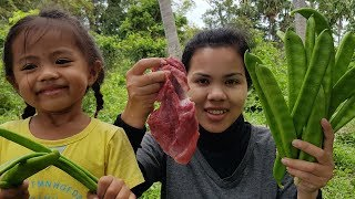 Beautiful girl cooking beef with fresh vegetable -Asian food -How to cook beef -BBQ -ASMR eating