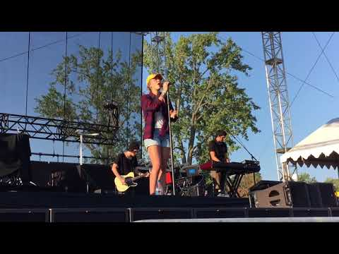 O'Lord - Lauren Daigle at PointFest 2017