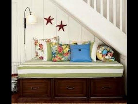 Aprovecha el espacio debajo de las escaleras de 60 ideas for Decoracion debajo escaleras