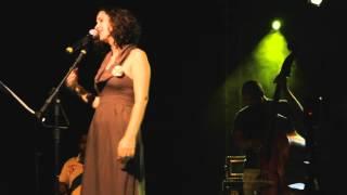 Gabi Buarque canta Chico, versos Pessoa